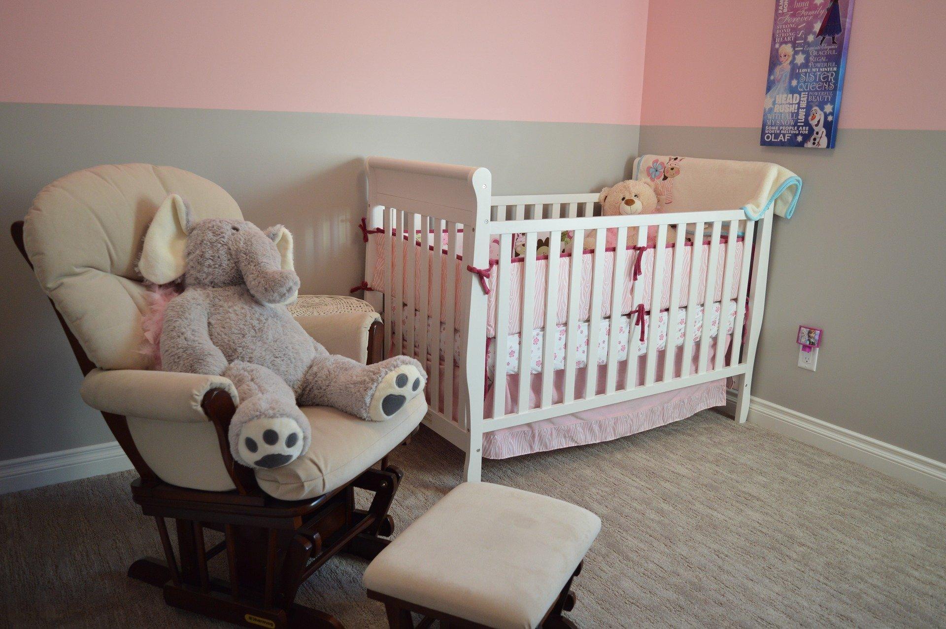 chambre-bebe-rose